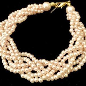 80's Braided Pink Pearl Bracelet   VS0951